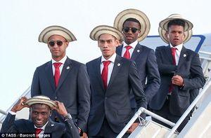 عکس/ تیپ جالب بازیکنان پاناما در بدو ورود به روسیه