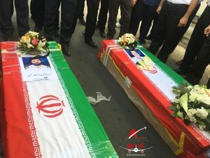 عکس/ تحویل پیکر خلبانهای پرواز تهران-یاسوج به خانوادههایشان