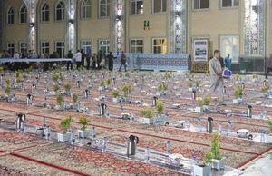 عکس/بزرگترین سفره افطار جهان اسلام در حرم امام رضا (ع )
