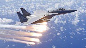سقوط یک فروند اف 15 آمریکایی در ژاپن