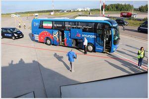 عکس/شاگردان کیروش با اتوبوس اختصاصی راهی هتل شدند