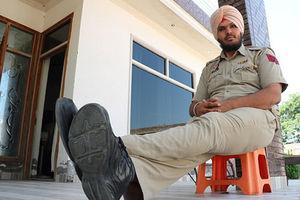 عکس/ قدبلندترین افسر پلیس جهان!