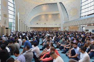 فیلم/ نماز عید فطر در مسجد جامع  مسکو