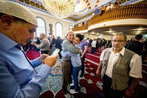 عکس/ نماز عید فطر در فرانسه،هلند،تونس