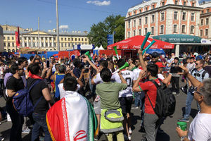 فیلم/ تشویقهای پرشور هواداران ایرانی در روسیه