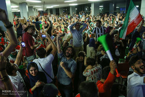 فروش ۴۰۰ میلیونی سینما در بازی ایران و مراکش
