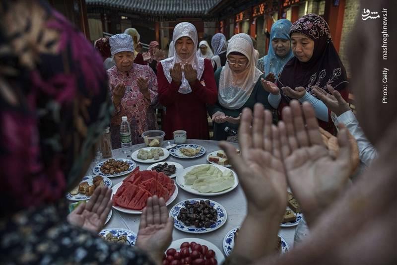 افطار مسلمانان پکن در آخرین روزهای ماه مبارک رمضان