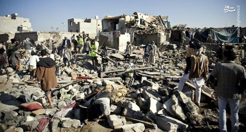 تهدید انصارالله یمن نسبت به حمله تلافیجویانه پس از آغاز بمباران وسیع الحدیده از سوی نیروهای عربستانی که با تجهیزات آمریکایی و انگلیسی انجام می شود (تصویر آرشیوی).