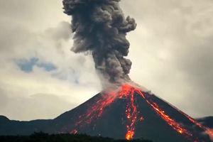 فیلم/ فوران آتشفشان در اکوادور