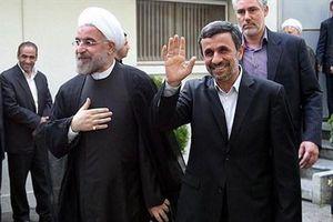 آقای روحانی، «کارت سوخت» احمدینژاد را تکرار کنید نه حرفهایش را!/ وعده حجاریان با مردم و نیروهای امنیتی برای فتنه ۱۴۰۰