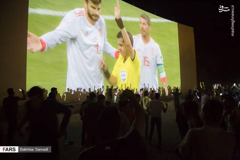 عکس/ یک ایران همراه تیم ملی فوتبال