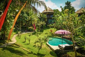 عکس/ هتلی زیبا در سواحل اندونزی