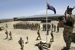 مشروبخوری نظامی استرالیایی جنجال آفرید! +عکس