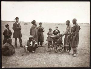 عکس/ یخدر بهشتفروشی در دوره قاجار