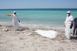 عکس/ اجساد مهاجران در سواحل لیبی (+13)