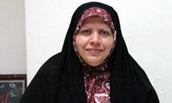 خانهنشینی یک مدیر کارآمد زن به دلیل استفاده از چادر
