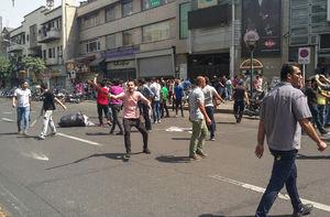 عکس/ سوءاستفاده اوباش از تجمع بازاریان تهران