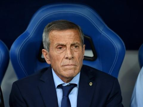 تابارس 4 سال دیگر در تیم ملی اروگوئه میماند