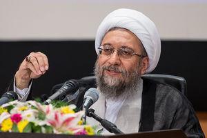 فیلم/ انتقاد آملی لاریجانی از مدیریت خارجی شبکه های اجتماعی کشور