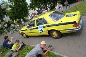 عکس/ دورهمی خودروسواران کلاسیک در مسکو