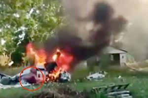 فیلم/نجات معجزه آسا بعد از سقوط هواپیما!