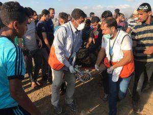 شهادت ۲ فلسطینی به ضرب گلوله صهیونیستها در غزه +عکس