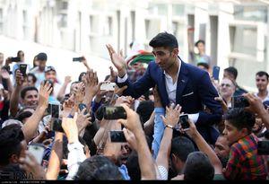 عکس/ استقبال از ستارههای تیم ملی در خرم آباد