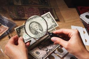 فیلم/ کشف دلارهای تقلبی در بازار سیاه!