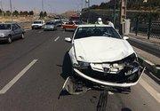 تصادف شدید پژو و تیبا در بزرگراه بابایی +عکس