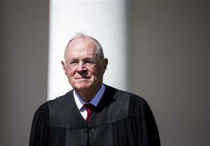 چرا انتخاب قاضی دیوان عالی آمریکا مهم است؟ +عکس