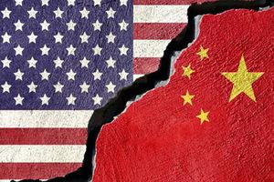 پرچم نمایه آمریکا و چین