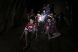 عکس/ نجات معجزه آسای فوتبالیست های تایلندی