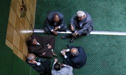 روحانی «سرمربی» شد؛ فورواردها وارد شدند/ انتقاد از عدم تغییر رئیس بانک مرکزی توسط رئیس جمهور