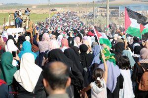 تظاهرات زنان فلسطینی در مرز غزه