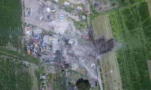 عکس/ انفجار مرگبار در کارگاه وسائل آتش بازی