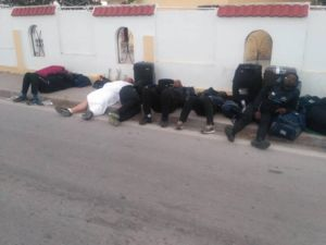 خواب کاروان زامبیا در خیابان بهجای هتل+عکس