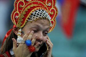 عکس/ گریه هواداران روسیه پس از حذف از جامجهانی