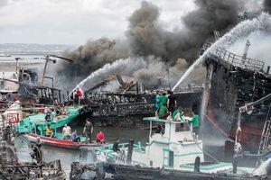 عکس/ وقوع آتش سوزی گسترده در جزیره بالی
