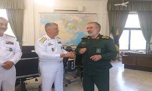 فرماندهان نیروهای دریایی ارتش و سپاه با هم دیدار کردند