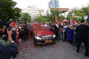 عکس/ گلباران اردوغان در مراسم تحلیف