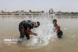 عکس/ زندگی مردم اهواز درگرمای  ۵۰ درجه