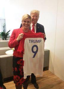 عکس/ هدیه رئیسجمهور کرواسی به ترامپ