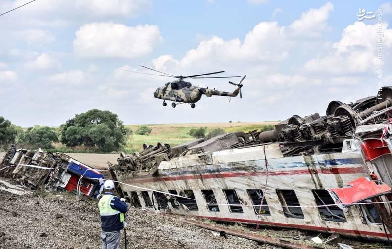 مرگ 24 نفر بر اثر خروج قطار از ریل در ترکیه
