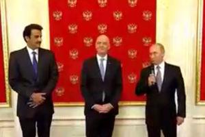 فیلم/ تحویل نماد جام جهانی به قطر توسط پوتین