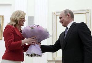 عکس/ هدیه پوتین به رئیس جمهور کرواسی