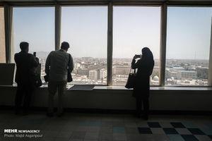 عکس/ در طبقه نهم ساختمان مخابرات چه میگذرد؟