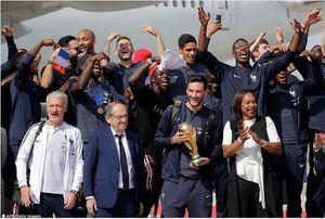 عکس/استقبال گسترده از  تیم ملی فرانسه