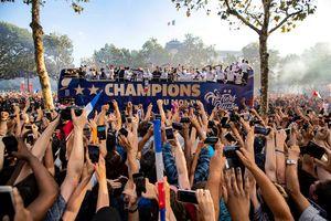 عکس/ استقبال میلیونی از قهرمان جام جهانی