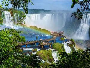 عکس/ آبشار افسانه ای برای زوج های عاشق!