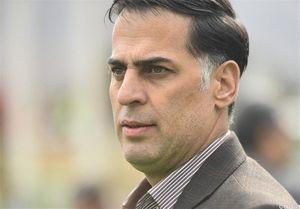 آذری: وامدار کسی نیستم و استعفا ندادم